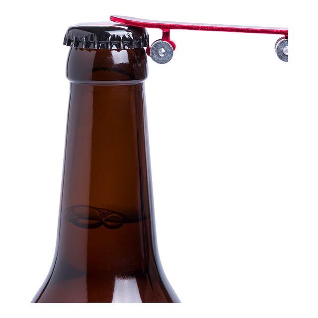 Skater přívěšek na klíče s otvírákem - foto