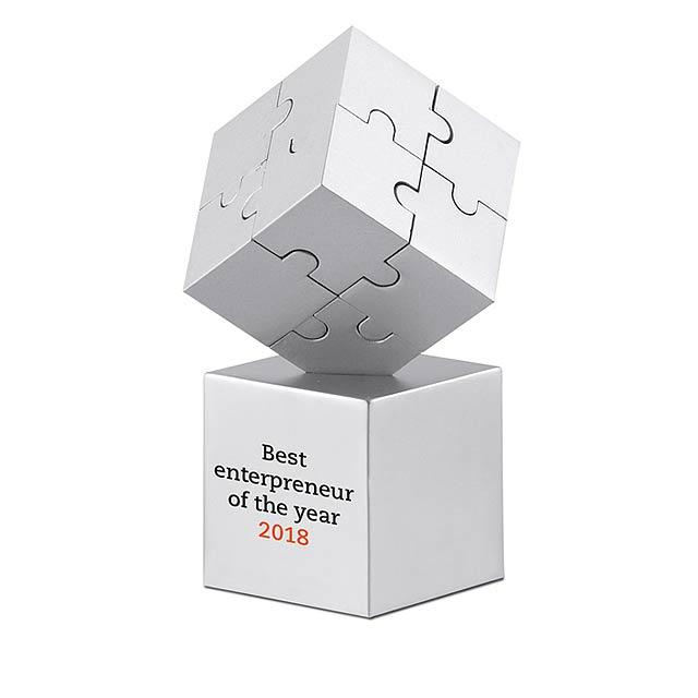 Kovové puzzle - foto