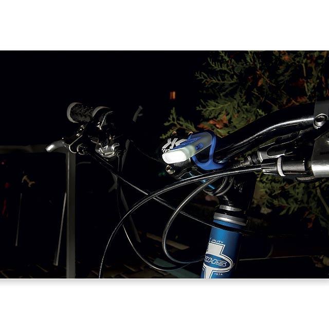 SEE - Plastová 4 LED svítilna s odrazkou a funkcí blikačky. 3 úrovně svícení.     - foto