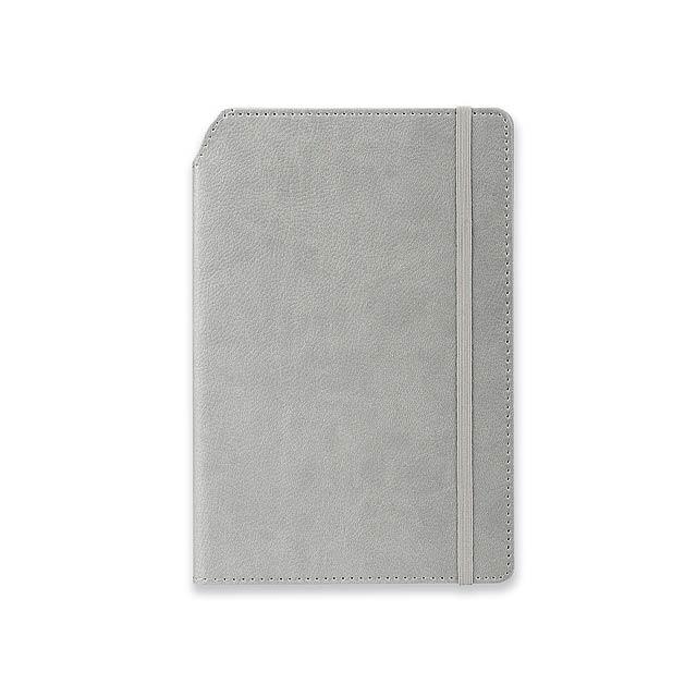 MORIAH - Poznámkový zápisník s gumičkou a prostorem pro propisku na hřbetu zápisníku, 192 linkovaných stran.   - šedá