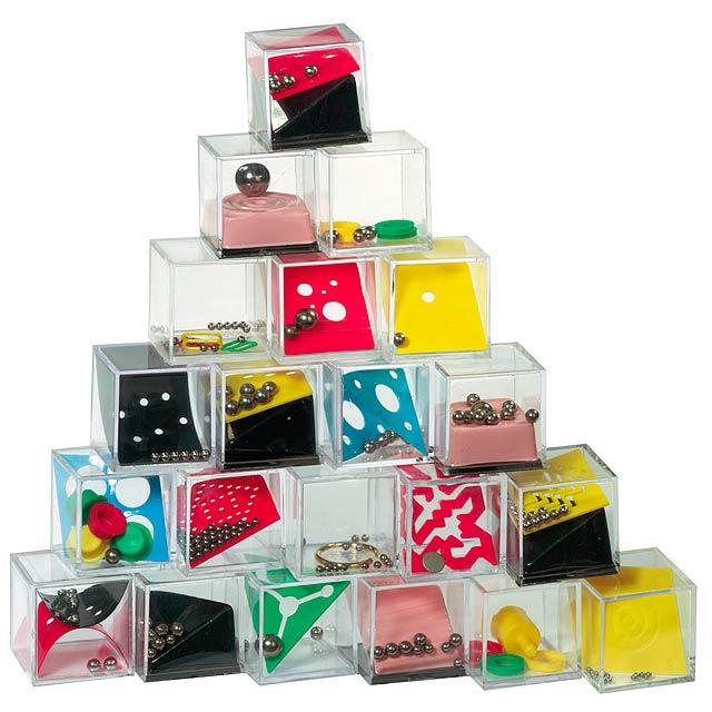 Puzzle trpělivost TRICKY THING, 24 typů, cena za 1 ks - multicolor