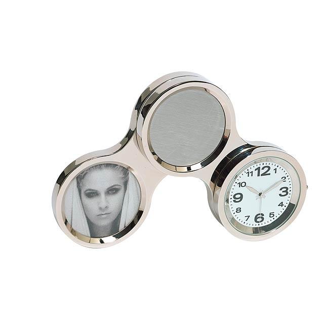Rotačný hodiny s fotorámikom CIRCLE - strieborná