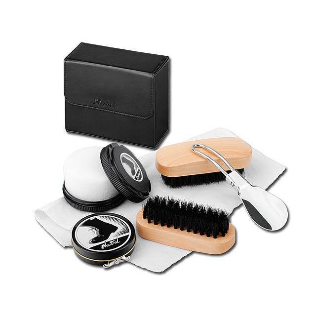 MARILOU - Six-part travel set for shoe cleaning in cassette from leather imitation. - black