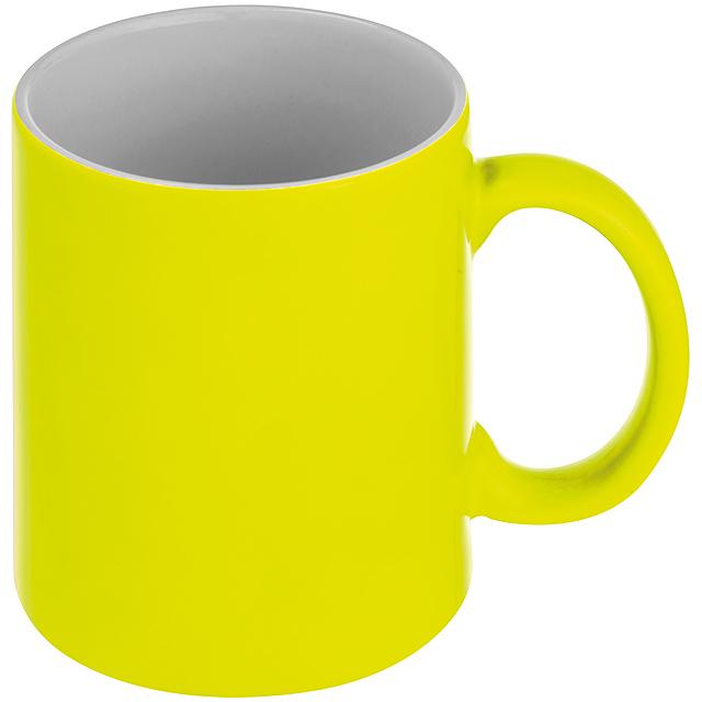 Hrnek v neonových farbáh - žlutá
